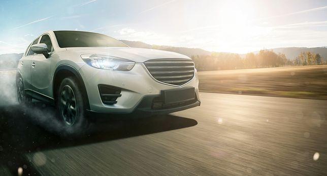 Jak korzystnie nabyć samochód dla biznesu? Odpowiadamy