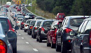 Sześć samochodów zderzyło się na wyjeździe z Piaseczna w stronę Góry Kalwarii (zdjęcie ilustracyjne)