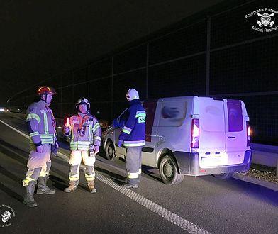 Strażacy brali udział w akcji ratowniczej na trasie A2 w kierunku Pruszkowa