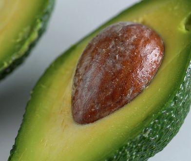 Dlaczego warto jeść pestkę z awokado