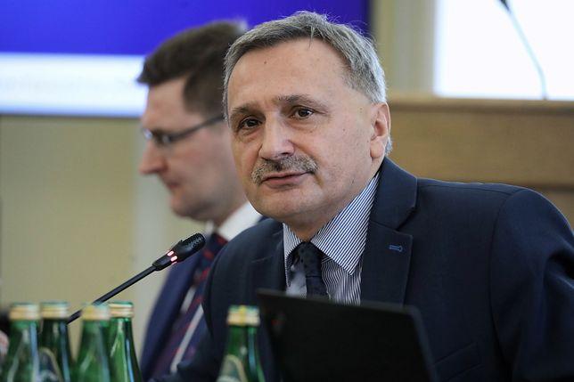 Maciej Kopeć, wiceminister edukacji (na zdjęciu), odpowiada ZNP: potrzebny jest gest dobrej woli.