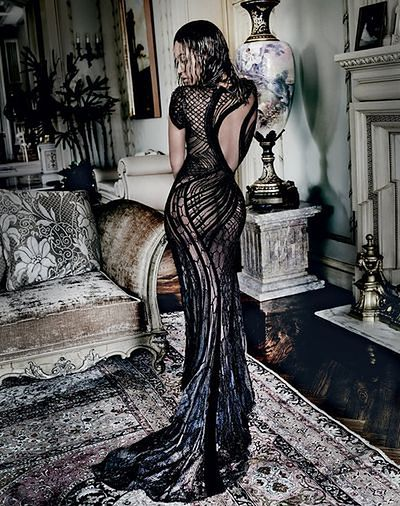 Beyonce w koronkowej kreacji i bez bielizny
