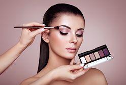 Feeria barw w jednym pudełku. Palety do makijażu na Dzień Kobiet