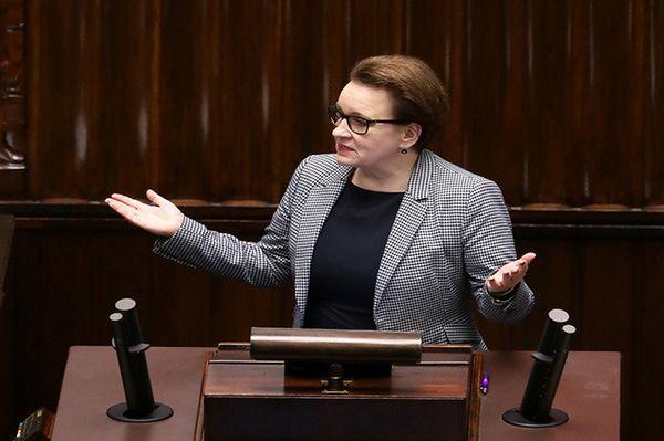 """Sejm uchwalił ustawę """"Prawo oświatowe"""". Gimnazja do likwidacji"""
