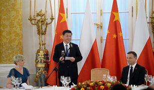 Prezydent Andrzej Duda wraz z małżonką i przewodniczący Chińskiej Republiki Ludowej Xi Jinping