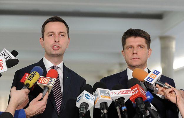 Szef PSL Władysław Kosiniak-Kamysz i lider Nowoczesnej Ryszard Petru