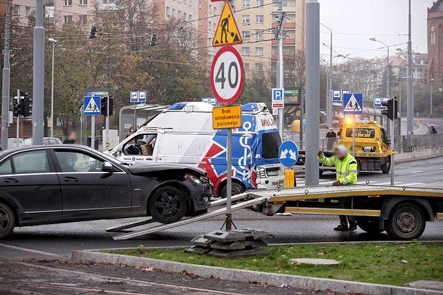 Za jazdę bez OC można sporo zapłacić. Koszty wypadku ponosi sprawca(zdjęcie ilustracyjne)