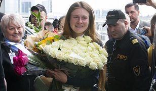 Moskwa. Maria Butina witana na lotnisku
