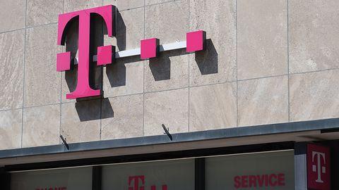 """Awaria T-Mobile w Polsce. Nie działa połączenie internetowe - """"brak usługi"""" (aktualizacja)"""