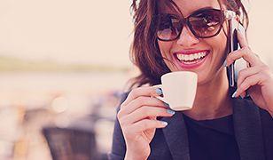 """Kobieca Emilia Clarke w """"Glamour Magazine"""""""
