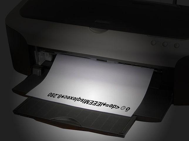 Tajemnicze kody na wydrukach z każdej drukarki