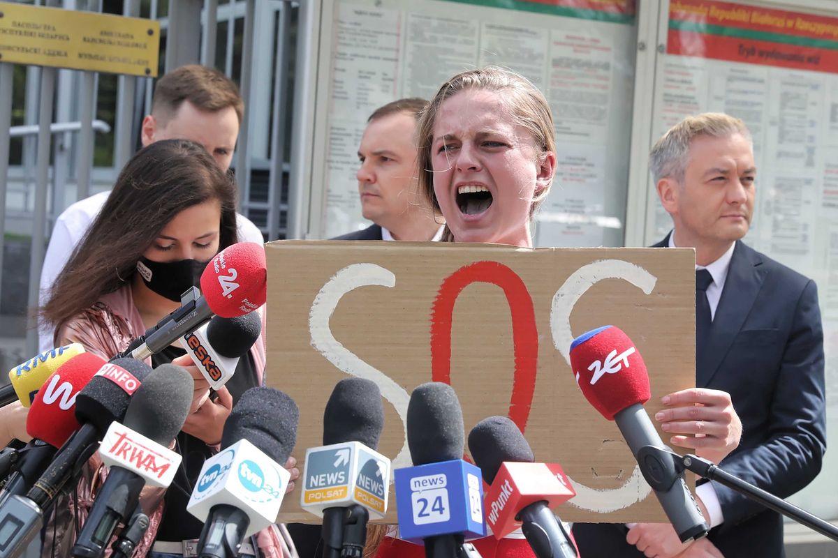 Opozycja informuje o zatrzymaniach ludzi na Białorusi