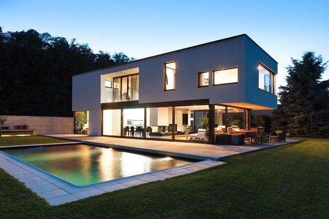 Koszt budowy i zastosowanie płaskich dachów