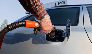 Ceny paliwa oszalały – czas pomyśleć o instalacji gazowej. Kluczowy będzie wybór odpowiedniego warsztatu