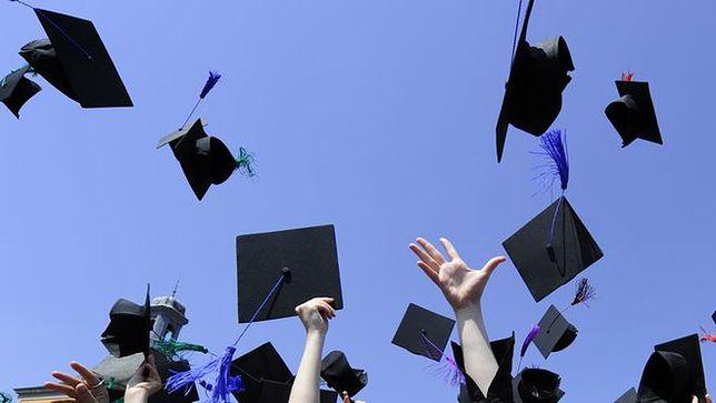 Posada od zaraz nie dla absolwenta