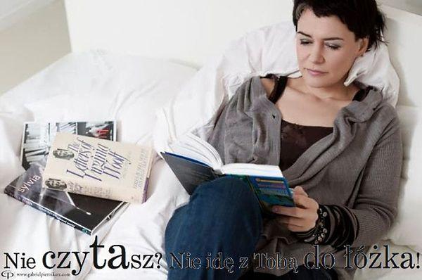 """Kampania """"Nie czytasz? Nie idę z Tobą do łóżka!"""" najlepsza"""