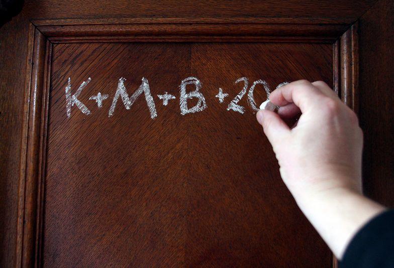 Piszesz na drzwiach K+M+B? Sprawdź jaki popełniasz błąd!