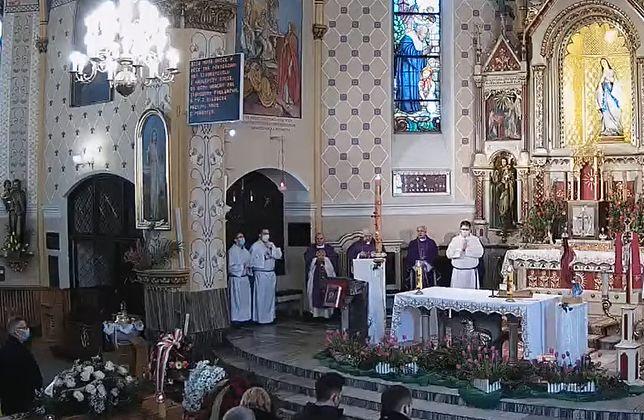 Śląskie. Pogrzeb wicestarosty bielskiego Grzegorza Szetyńskiego odbył się 6 kwietnia w Kozach.