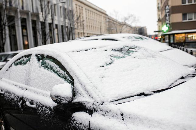 Wiemy, kiedy spadnie śnieg. Najpierw puch przykryje południe, później cały kraj