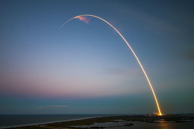 Falcon 9 wyniósł Starlinki na niską orbitę okołoziemską