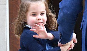 Księżniczka Charlotte przekonała się na własnej skórze, jak rygorystyczna jest dworska etykieta