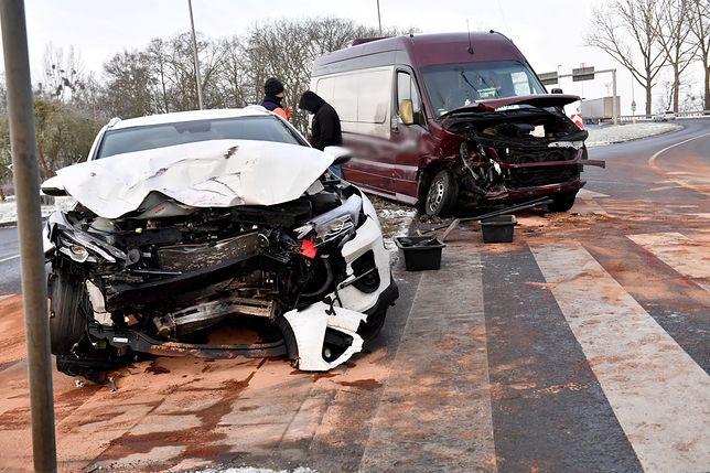 Szczecin. Wypadek przy ul. Przestrzennej. Są poszkodowani