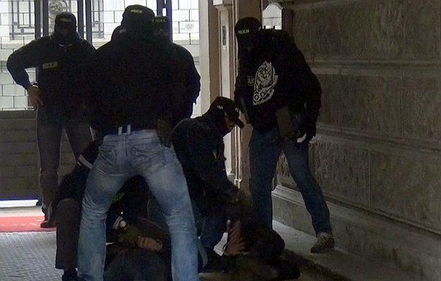 CBŚP zatrzymało trzech obcokrajowców z czerwoną notą Interpolu. Byli poszukiwani w 190 krajach