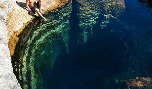 Jacob's Well to tzw. wywierzysko - źródło charakteryzujące się silnym wypływem wód podziemnych
