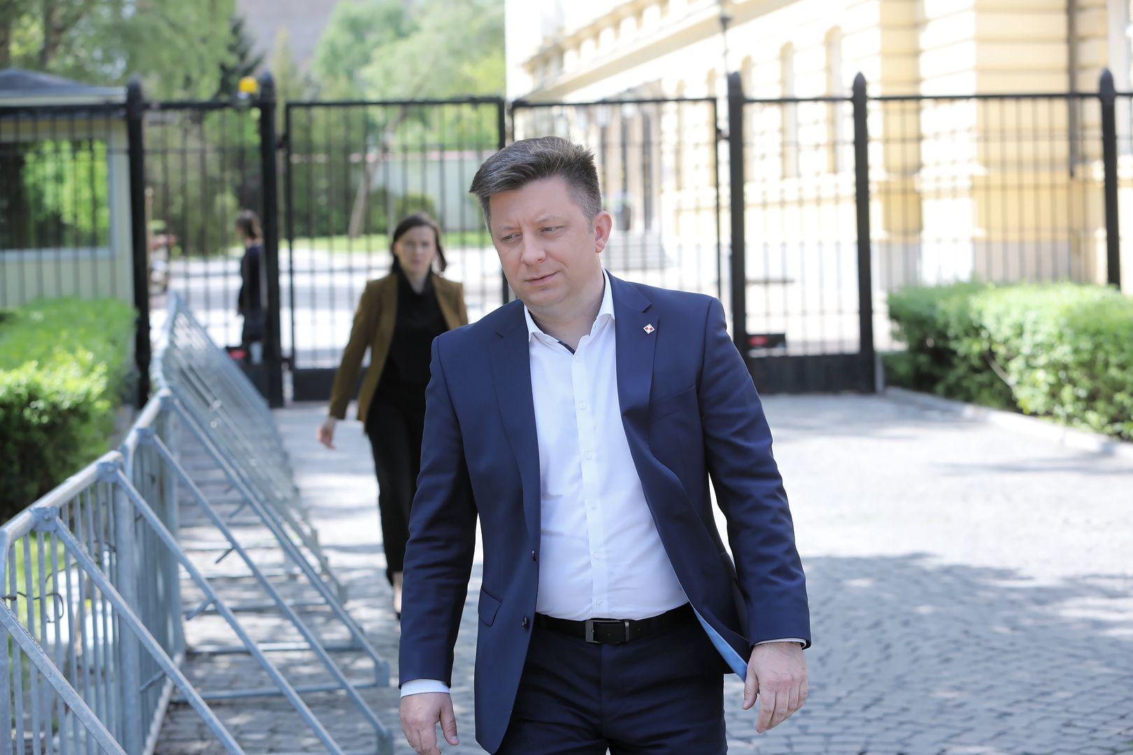 Michał Dworczyk zaatakowany przez hakerów. Rząd chciał użyć wojska do stłumienia Strajku Kobiet?