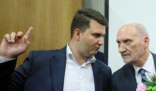"""Bartłomiej Misiewicz deklaruje gotowość powrotu do polityki. """"Teraz i w każdym momencie"""""""