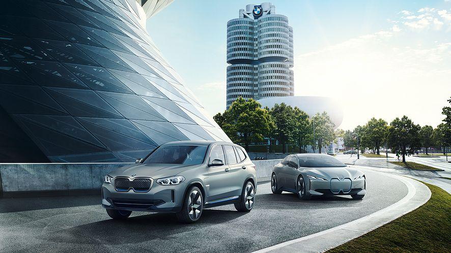fot. BMW ix3 & i4 (materiały prasowe)