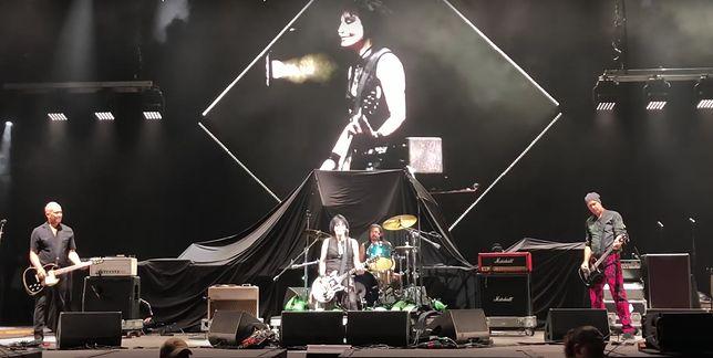 Nirvana - żyjący członkowie grupy wystapi pod koniec koncertu Foo Figthers w Kalifroni