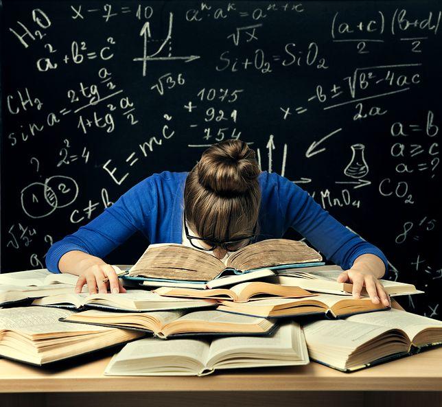 CKE Matura 2018 - od 21 do 23 sierpnia potrwa matura poprawkowa. Dla wielu uczniów jest to ostatni szansa na studia w 2018 roku.