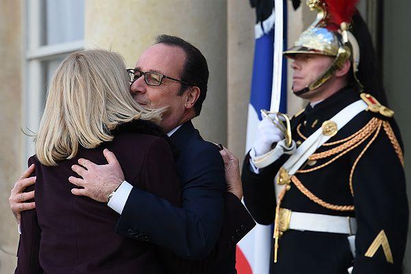 Wpadka premier Danii Helle Thorning Schmidt w Paryżu