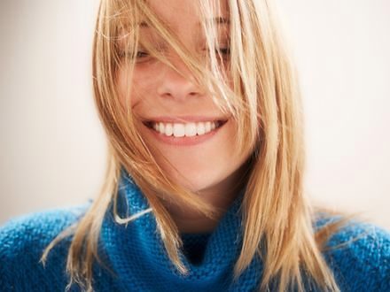 Jak dbać o przetłuszczające się włosy?