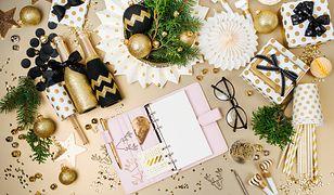 Planner świąteczny jest praktycznym gadżetem, który znacznie ułatwia organizację pracy podczas przygotowań do  Świąt Bożego Narodzenia.