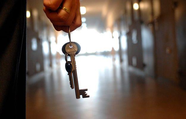 Kontrowersyjne przepisy weszły w życie. Stosowanie aresztu tymczasowego na jeszcze większą skalę?