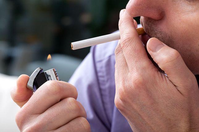 Palenie papierosów to najbardziej niebezpieczny sposób konsumpcji nikotyny