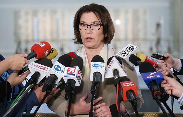 W styczniu wielka demonstracja poparcia dla władz? Rzeczniczka PiS Beata Mazurek: niczego nie wykluczamy