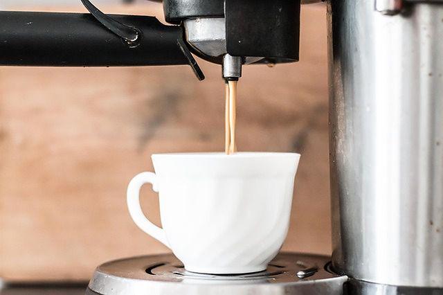 Wybieramy pierwszy ekspres do kawy! Jaki kupić?