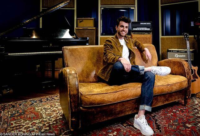"""Duncan Laurence przyjechał z Holandii do Polski. Wygrał dla swojego kraju Eurowizję 2019, a w """"Dzień dobry TVN"""" opowiedział o swojej muzyce."""