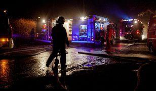 Tragedia pod Karlinem. W nocnym pożarze zginęły dwie osoby (zdj. ilustracyjne)