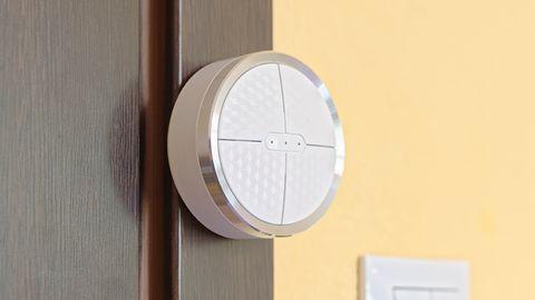 Smanos K1: jak łatwo zamontować i skonfigurować domowy alarm?