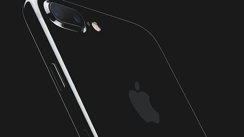 iPhone8: rozpoznawanie twarzy zamiast odcisku palca? Apple kupuje RealFace