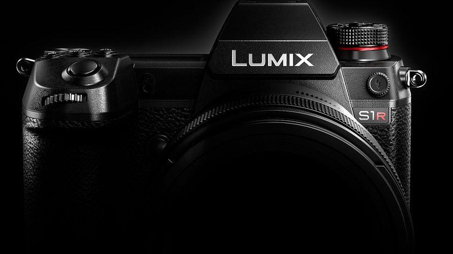 Panasonic Lumix S1, tablet Wacom Cintiq dla początkujących i inne fotograficzne nowości