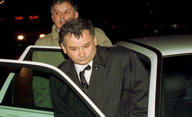 Jarosław Kaczyński, w tle Lech Kaczyński