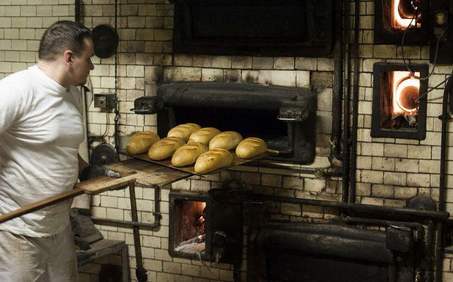 Pieką chleb tą samą metodą od 60 lat. Jubileusz popularniej piekarni