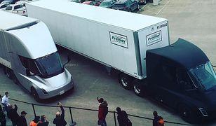 Elon Musk umieścił na Instagramie zdjęcie ciężarówek przed wyjazdem