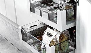 Jak urządzić wnętrza szafek kuchennych? Praktyczne pomysły