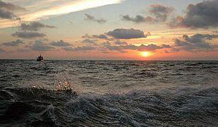Łeba: rybacy wyłowili z morza ciało kobiety